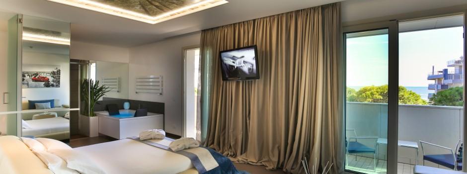 Fotografo di hotel, camere d' albergo, resort, strutture ricettive e turistiche.