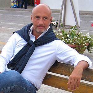 Marco Donà fotografo professionista di matrimoni , ritratti e fotografia commerciale.